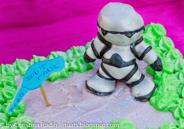 Fertiger Kuchen mit Marzipan Marvin