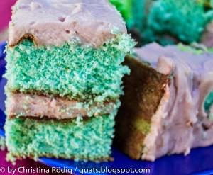 Biskuit Kuchen aufgeschnitten