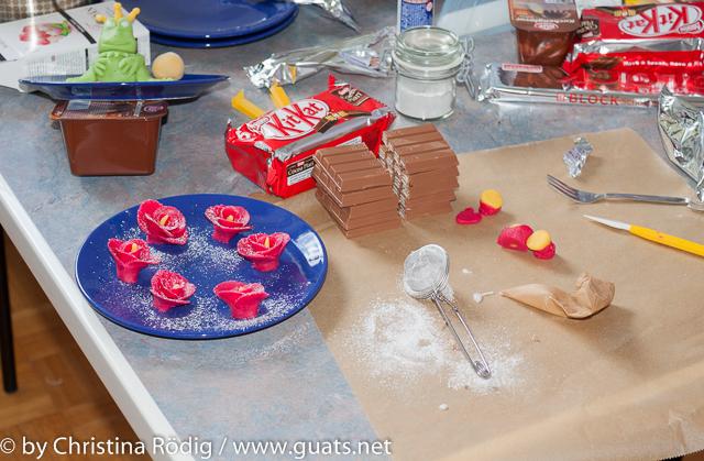 Chaos in der Küche beim Kuchenbacken