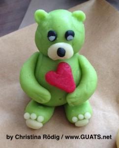 Teddybär aus Marzipan